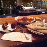 8/17/2013 tarihinde Meghann L.ziyaretçi tarafından Mia's Pizzas'de çekilen fotoğraf