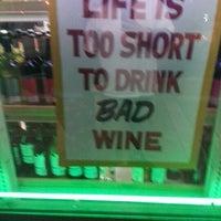 2/2/2013에 Toñito A.님이 Buster's Liquors & Wines에서 찍은 사진