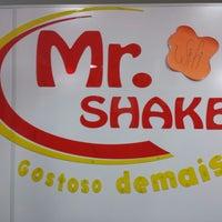Foto tirada no(a) Mr. Shake por William R. em 6/1/2014