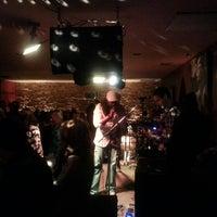 Photo prise au Alleycatz Live Jazz Bar par Dima M. le5/26/2013