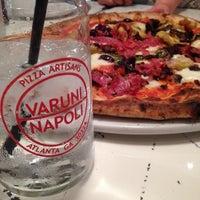 Photo prise au Varuni-Napoli par Amanda H. le6/13/2014