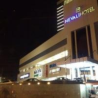 Das Foto wurde bei Nevali Hotel von Ni M. am 10/22/2013 aufgenommen