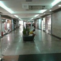 Photo prise au Shopping Tijuca par Isabela C. le2/4/2013
