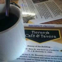 Foto diambil di Tierney's Cafe & Tavern oleh Kyle T. pada 7/10/2013