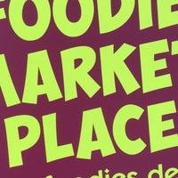 Foto scattata a Foodie Market Place da Nathaniel H. il 6/29/2016