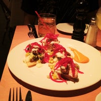 รูปภาพถ่ายที่ Paxia Alta Cocina Mexicana โดย Aubrey W. เมื่อ 10/14/2012