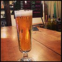 Photo prise au Craft Beer Bar iBREW par miyuki le3/15/2013