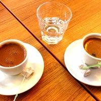 4/8/2013 tarihinde Sedef A.ziyaretçi tarafından Göztepe Kahvesi'de çekilen fotoğraf