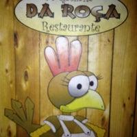 Снимок сделан в Galinha Da Roça пользователем Graziella A. 6/2/2013