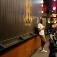 Foto scattata a Harlem Hops da Bryan A. il 8/11/2018