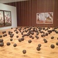 3/29/2013 tarihinde Ellenziyaretçi tarafından Nasher Museum of Art'de çekilen fotoğraf