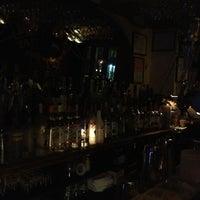 Foto tirada no(a) Kaña Tapas Bar & Restaurant por Honeyrock I. em 2/22/2013
