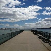 Das Foto wurde bei Castle Island von Susan H. am 3/25/2013 aufgenommen