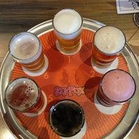 Das Foto wurde bei Sly Fox Brewing Company von Kara C. am 2/9/2013 aufgenommen