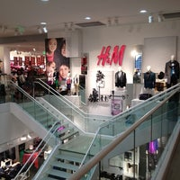 Foto scattata a H&M da Marquez il 12/14/2012