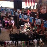 Foto tirada no(a) Flora-Bama Lounge, Package, and Oyster Bar por Jay J. em 4/26/2013