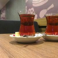 4/14/2013 tarihinde Erhan B.ziyaretçi tarafından Göztepe Kahvesi'de çekilen fotoğraf