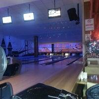 2/14/2013 tarihinde veysi s.ziyaretçi tarafından Shey Bowling & Cafe'de çekilen fotoğraf