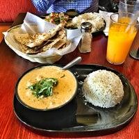 รูปภาพถ่ายที่ Tarka Indian Kitchen โดย Carlos M. เมื่อ 7/7/2016