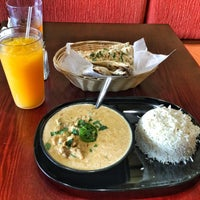 รูปภาพถ่ายที่ Tarka Indian Kitchen โดย Carlos M. เมื่อ 6/13/2016
