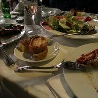 3/11/2013 tarihinde Liudmila K.ziyaretçi tarafından Akıntı Burnu Restaurant'de çekilen fotoğraf