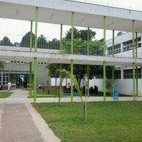 Das Foto wurde bei PUC Minas von Fernando P. am 4/2/2013 aufgenommen