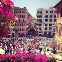 Foto scattata a Piazza di Spagna da Marta M. il 5/3/2013