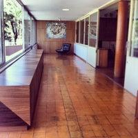 Foto tirada no(a) Casa Kubitschek por Juliano V. em 2/7/2014