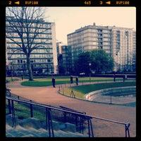 Photo prise au Square Ambiorix par Gatis S. le4/19/2012