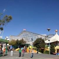 1/9/2013 tarihinde Itzel N.ziyaretçi tarafından La Feria de Chapultepec'de çekilen fotoğraf