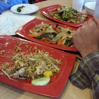 5/10/2014にDavid S.がDancing Noodleで撮った写真