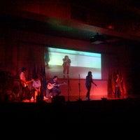 1/31/2013 tarihinde Edy J.ziyaretçi tarafından Auditorium BINUS University'de çekilen fotoğraf