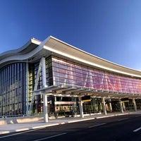 Terminal 1 - Airport Terminal in Toronto Pearson