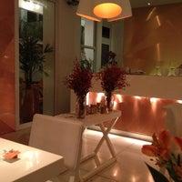 Foto diambil di MIMO Restaurante oleh Byanca G. pada 8/30/2014