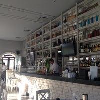 Foto tomada en Fantomas Bar por Nancy Z. el 7/25/2013