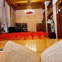 รูปภาพถ่ายที่ Библиотека № 3 имени Н.А. Добролюбова โดย Denis G. เมื่อ 1/19/2018
