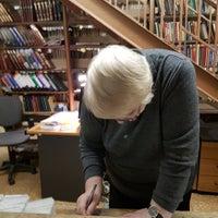 รูปภาพถ่ายที่ Библиотека № 3 имени Н.А. Добролюбова โดย Denis G. เมื่อ 1/12/2018