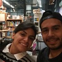 Foto tomada en Librería 9 3/4 Bookstore + Café por Juan Pablo V. el 7/22/2016