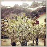 รูปภาพถ่ายที่ Les Caves Chamonix โดย Yulia C. เมื่อ 5/1/2013