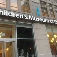 Das Foto wurde bei Children's Museum of the Arts von Olia S. am 6/12/2014 aufgenommen