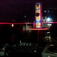 Das Foto wurde bei Club Cadde von Altar Mermer am 1/12/2013 aufgenommen
