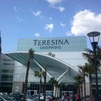 Das Foto wurde bei Teresina Shopping von Meroveu B. am 9/28/2013 aufgenommen