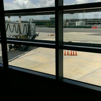 Foto scattata a Louis Armstrong New Orleans International Airport (MSY) da Antonis V. il 6/27/2013