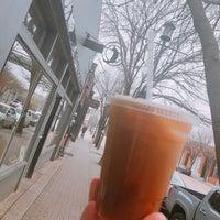 3/2/2019 tarihinde Kenny M.ziyaretçi tarafından Noble Coyote Coffee Roasters'de çekilen fotoğraf