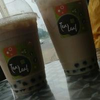 Снимок сделан в Tea Leaf Cafe пользователем Ann M. 7/1/2013