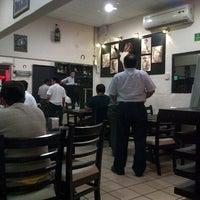 Снимок сделан в OV Vaquero Restaurante y Taquería пользователем Isaac J. 2/27/2013