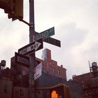 3/16/2013 tarihinde Panajotziyaretçi tarafından Bond Street Chocolate'de çekilen fotoğraf
