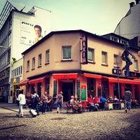 Foto tirada no(a) Milia's Coffee por Christoph G. em 6/17/2013
