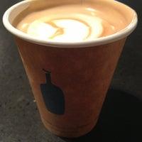 7/14/2013 tarihinde ZPziyaretçi tarafından Blue Bottle Coffee'de çekilen fotoğraf