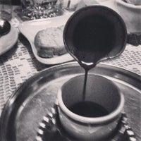 Снимок сделан в The Tea Room Tirana пользователем Vasken S. 5/19/2013